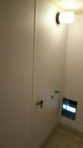 愛知県名古屋市ダウンライトソケットLED電球交換工事【さつき電気商会】
