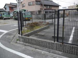 愛知県名古屋市中川区イグリッドフェンスN8型駐車場フェンス取替工事LIXIL【サッシ.NET】