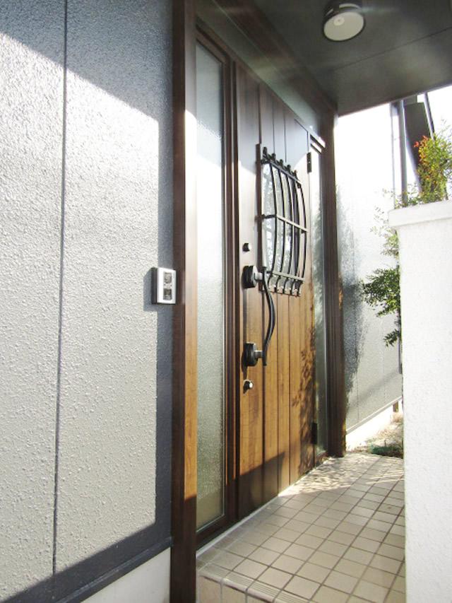 名古屋市港区 リシェント玄関ドア3 カバー工法