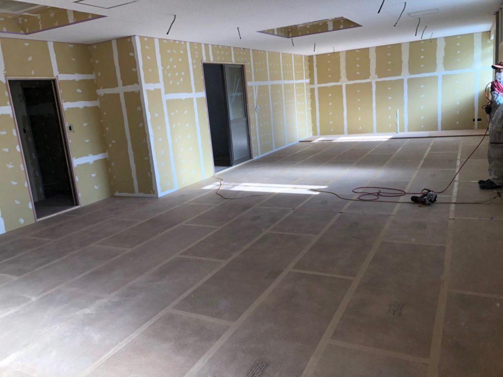 神奈川県川崎市高津区にて住宅改修工事に伴う置床工事