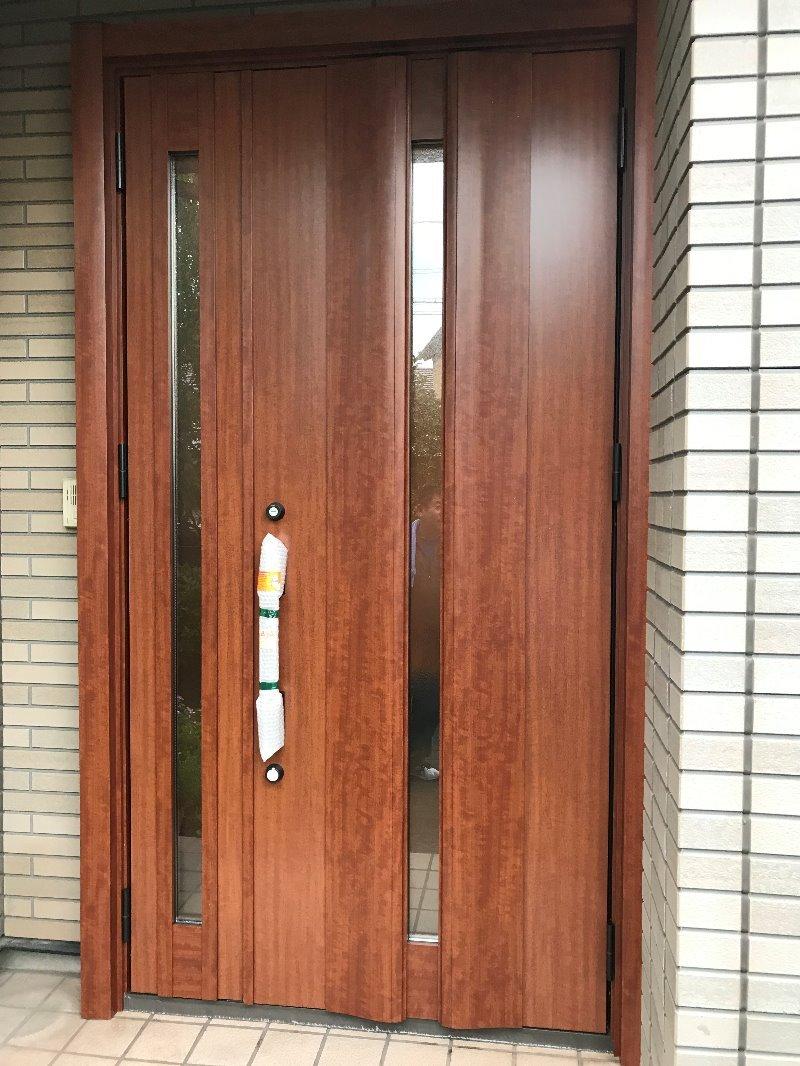 愛知県大府市LIXILリシェント玄関ドア