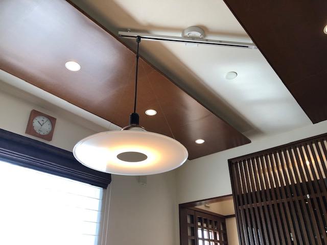 愛知県みよし市照明取替・ダクト取り付けの電気工事