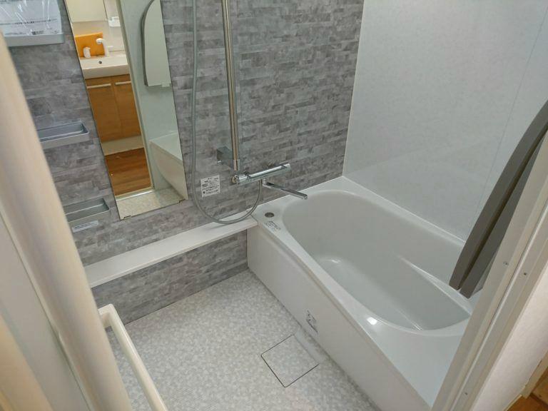 名古屋市名東区TOTO浴室リフォームマンションリモデル工事店【アンシンサービス24】