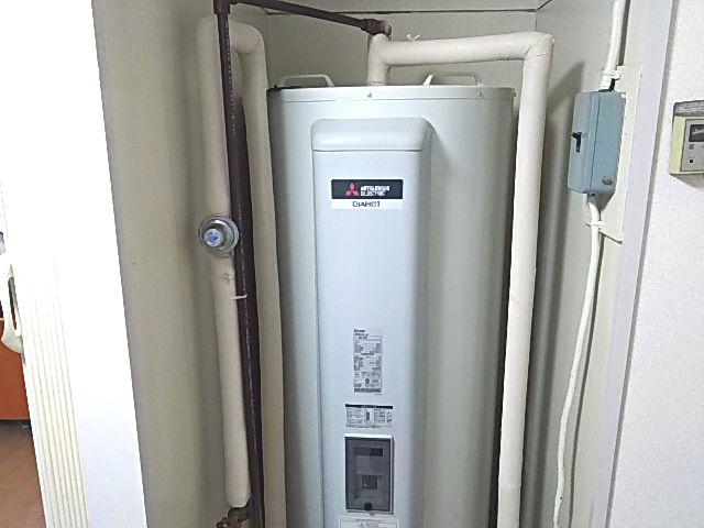 東京都渋谷区三菱電機電気温水器SRG-375G工事