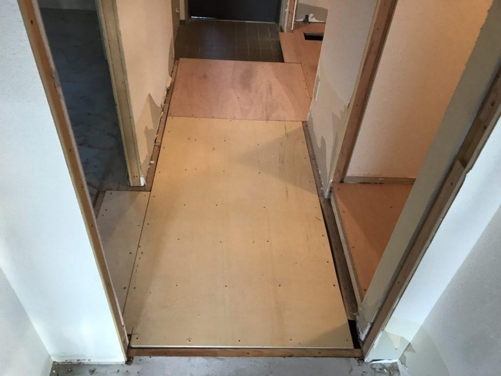 神奈川県相模原市フクビ乾式二重床置床工事