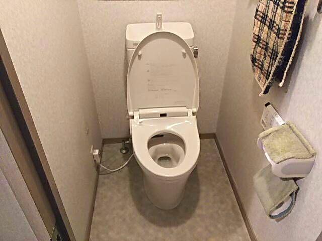 東京都練馬区 トイレリフォーム工事 LIXILアメージュZ+シャワートイレKA