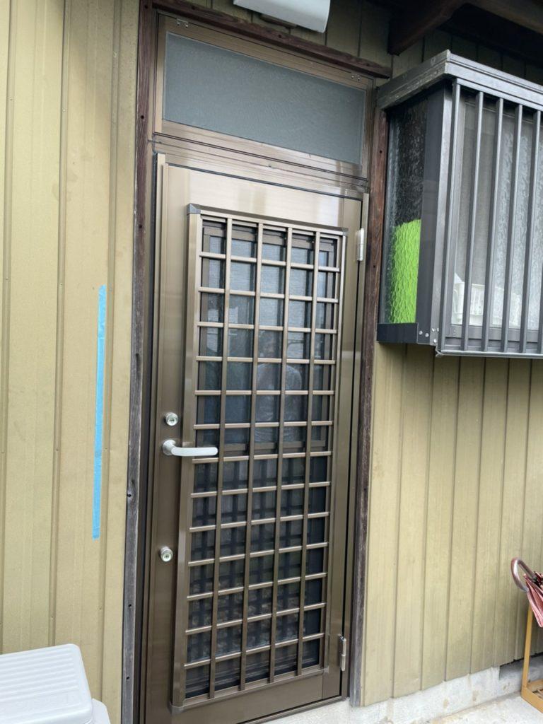 愛知県大府市 勝手口ドア取替工事 LIXILリシェント勝手口ドア