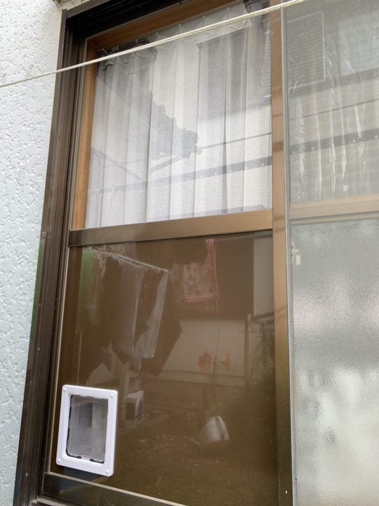 愛知県大府市戸建住宅ペット用ドア取付工事