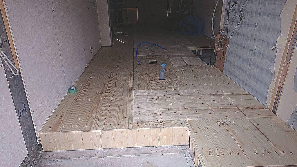 東京都北区にて戸建住宅の置床工事