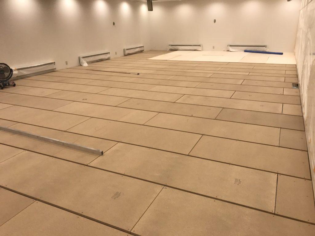 千葉県茂原市にてスタジオの置床工事