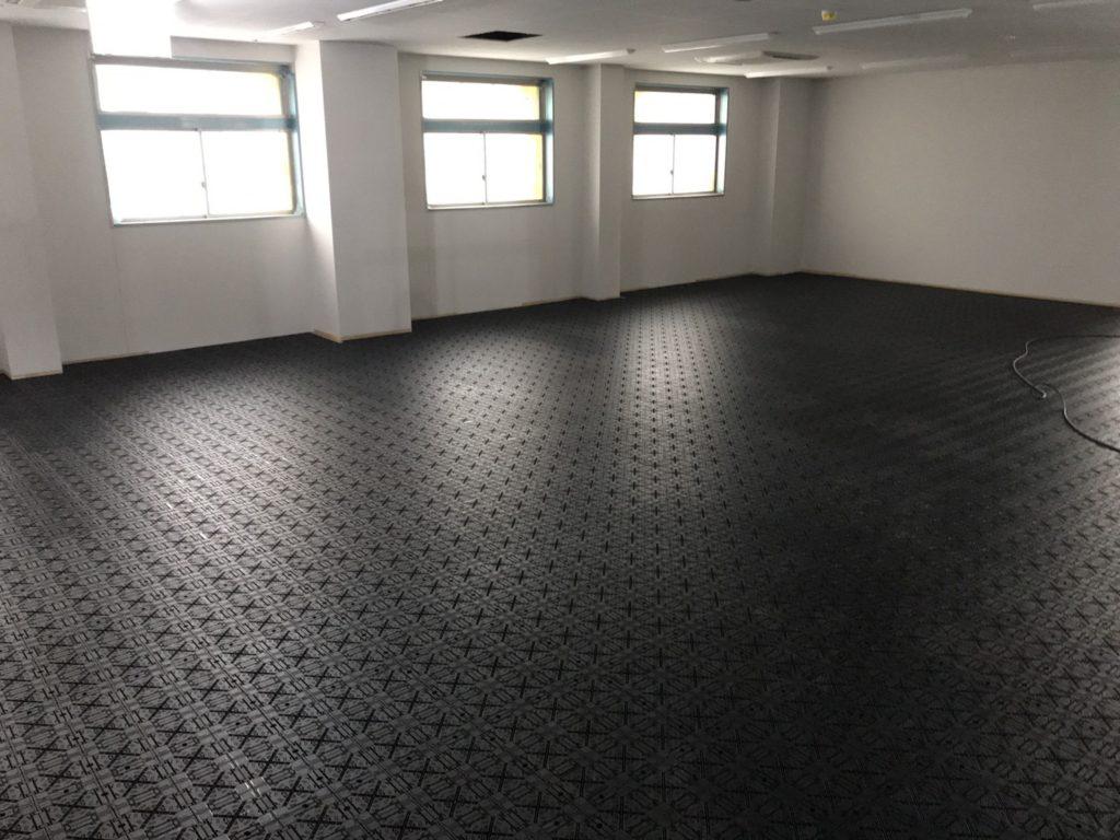 神奈川県海老名市にて新築倉庫のOAフロア工事