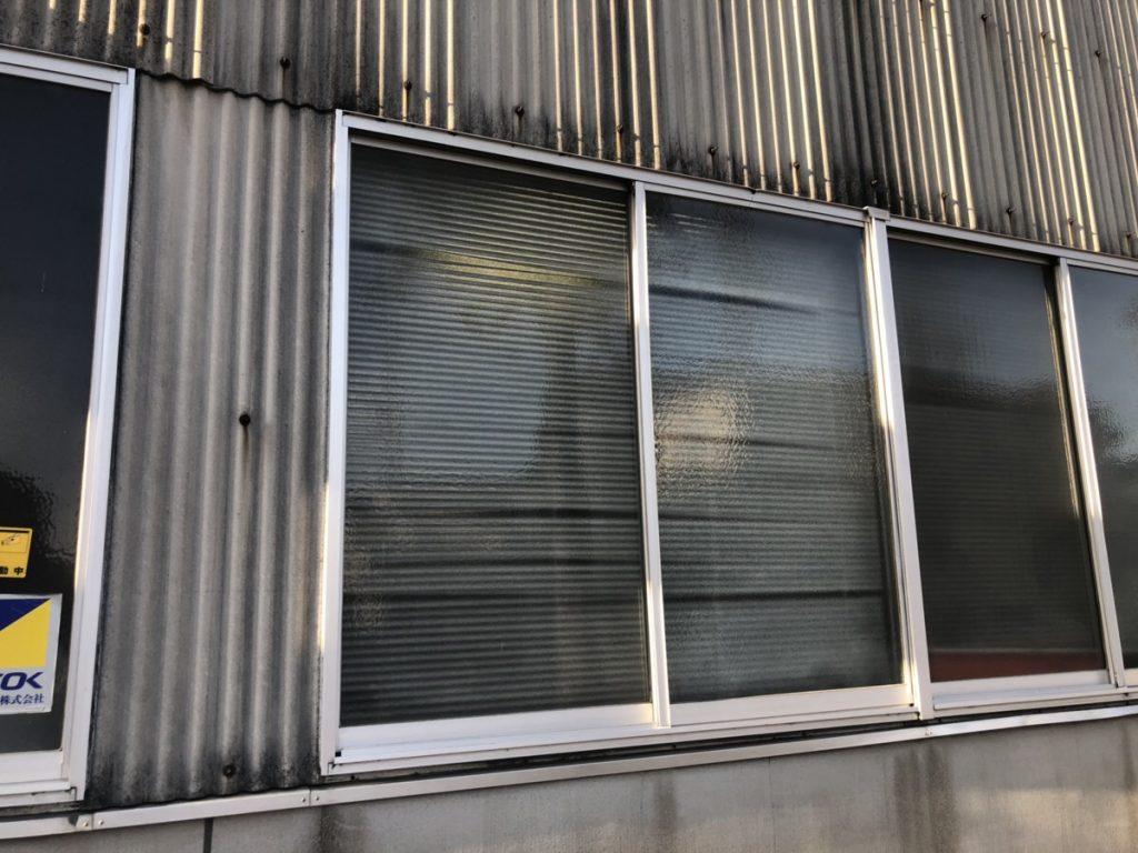名古屋市熱田区 ガラス割れ替えの緊急対応を行いました!(工場)完成!