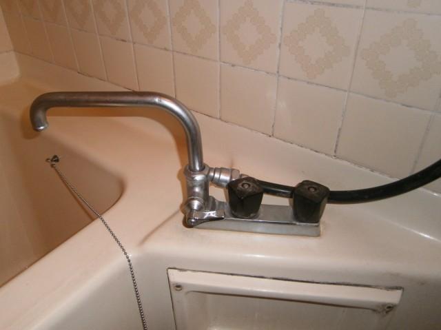 シャワー水栓取替工事 瀬戸市