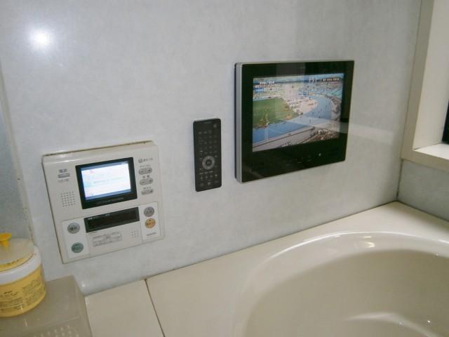 愛知県名古屋市緑区 ノーリツ 12V型浴室テレビ取替工事 【アンシンサービス24】