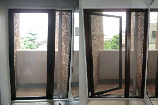 名古屋市千種区 勝手口ドアに セイキ アルマーデII アコーディオン網戸取付工事