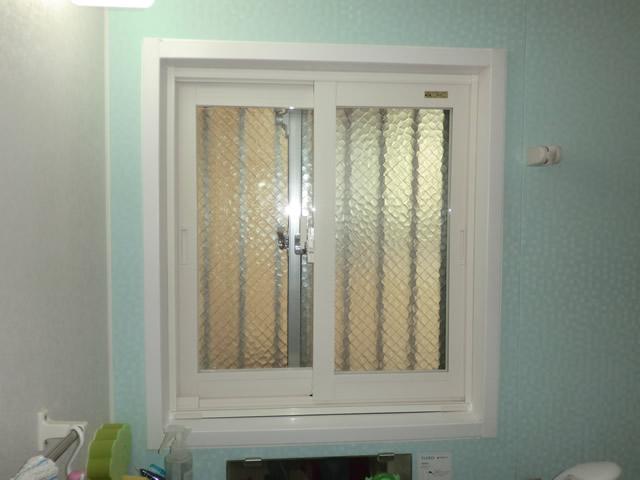 ヒートショック対策に 浴室窓に二重窓インプラス 名古屋市